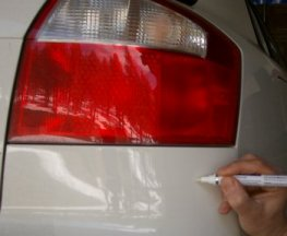 Apply Touch Up Paint Car Scratch