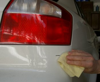 Applying Lacquer To Car Paint